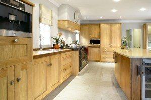 European Oak Kitchen - Luke Jones Furniture